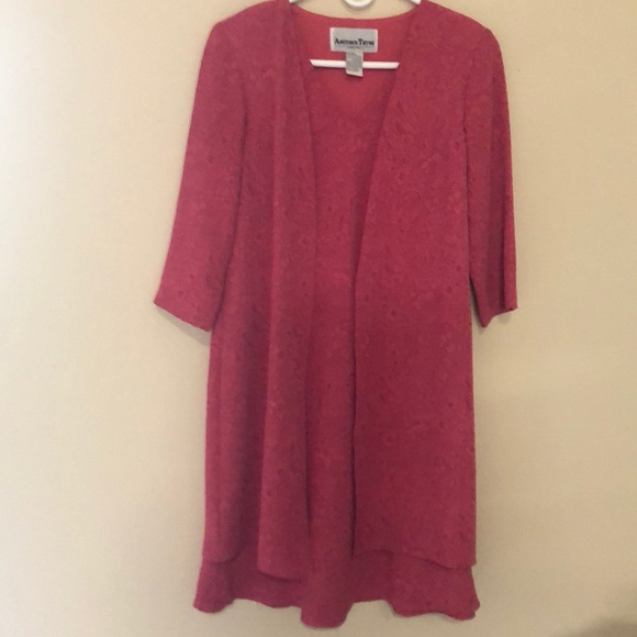 another tyme Dresses & Skirts - Gorgeous Layered Dress